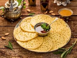 Марокански палачинки Багрир с царевично и пшеничено брашно (с мая) - снимка на рецептата